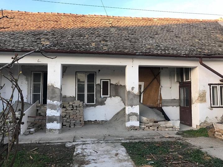 Baja, Családi ház