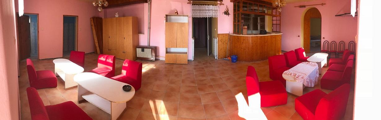 Baja, Családi ház Extrák: Garázs